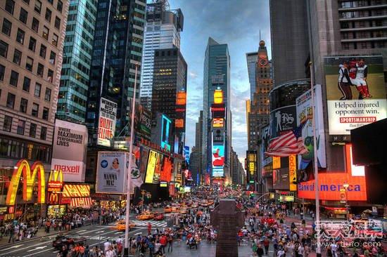 美国纽约时代广场-世界最著名的十大广场 中国不只是有天安门