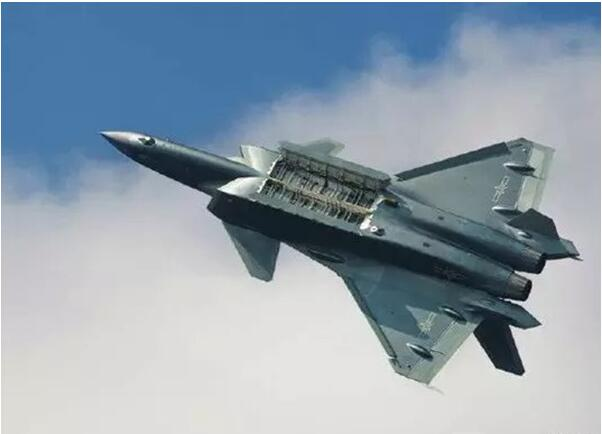 China's latest developed J-20 fighter launches test flight