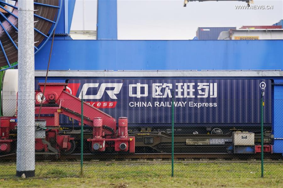 China-Europe freight train service draws applause from int'l logistics companies