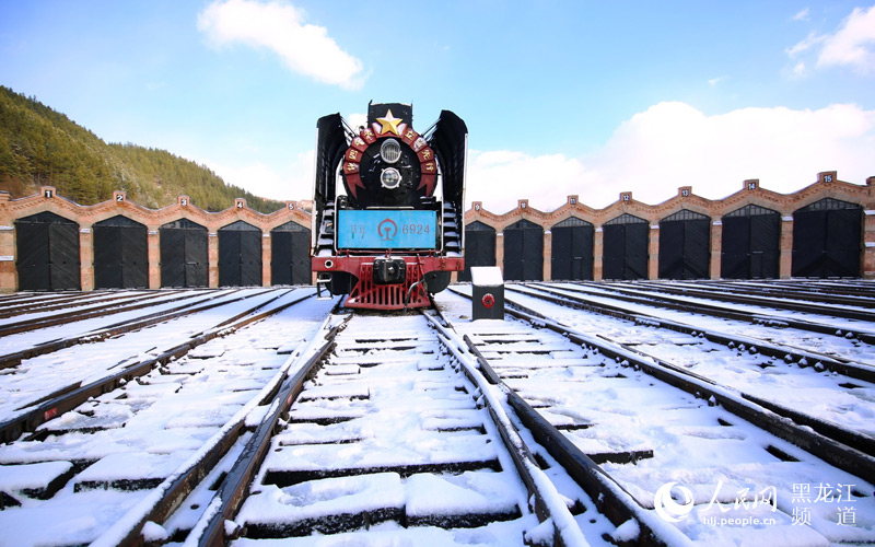 Russian-style locomotive barn in Heilongjiang