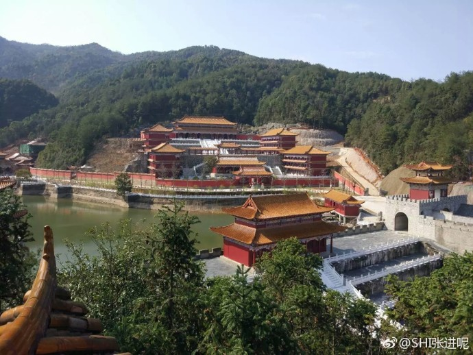 Jiangxi university goes viral for its ancient campus style
