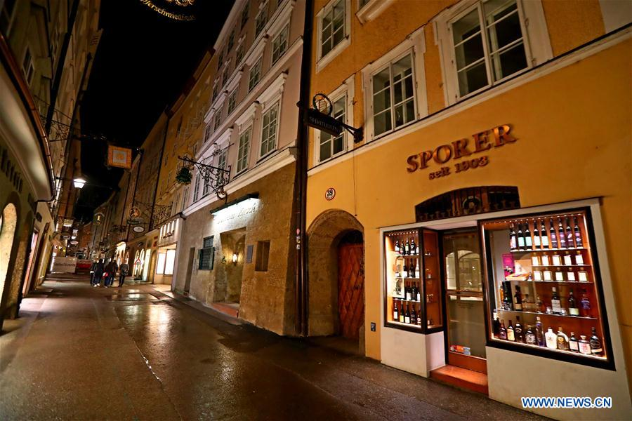 AUSTRIA-SALZBURG-NIGHT VIEW