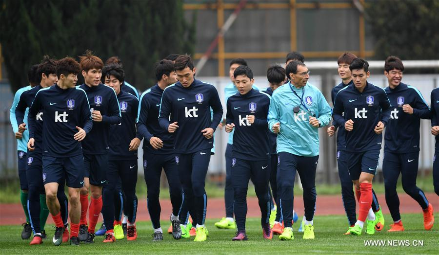 (SP)CHINA-CHANGSHA-SOCCER-RUSSIA 2018-WORLD CUP QUALIFIER-CHN VS KOR-TRAINING(CN)