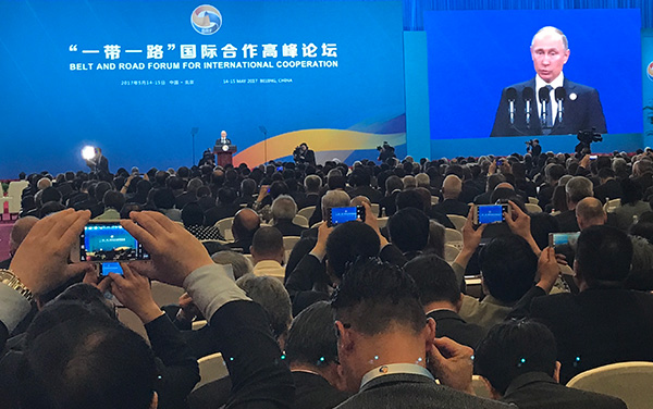 Xi says China, Russia play role of 'ballast stone' in world peace, stability