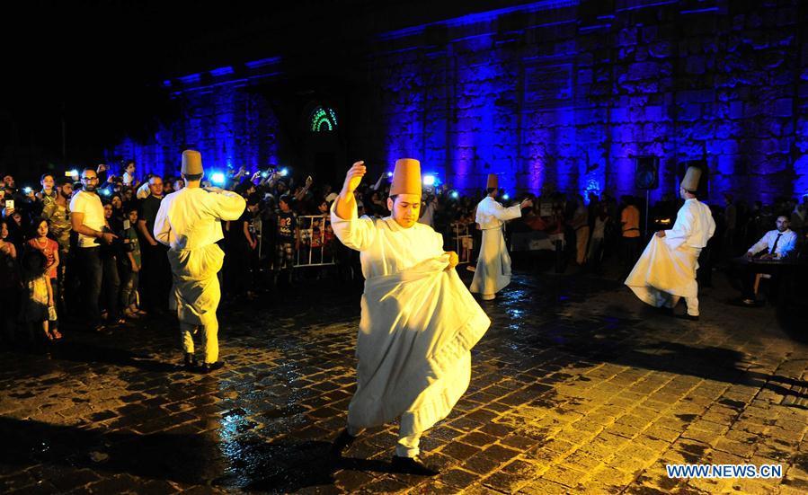SYRIA-DAMASCUS-RAMADAN-DANCE