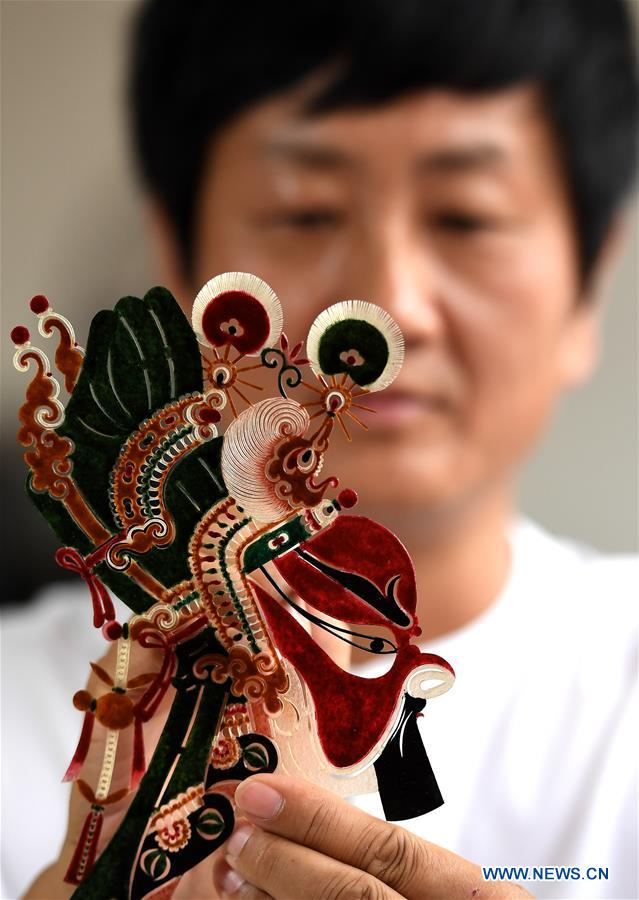 CHINA-XI'AN-FEATURE-SHADDOW PUPPET (CN)