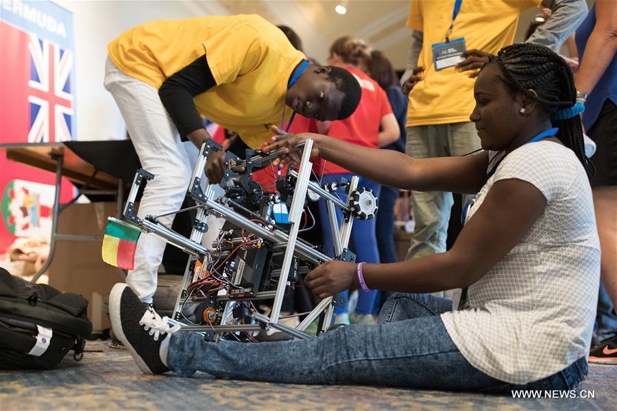 U.S.-WASHINGTON D.C.-ROBOT-COMPETITION