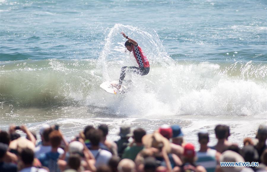 (SP)U.S.-CALIFORNIA-SURFING-U.S. OPEN