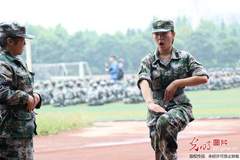 First female instructor in Zhengzhou University