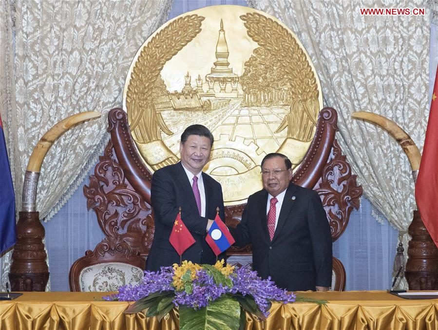LAOS-CHINA-XI JINPING-BOUNNHANG VORACHIT-TALKS