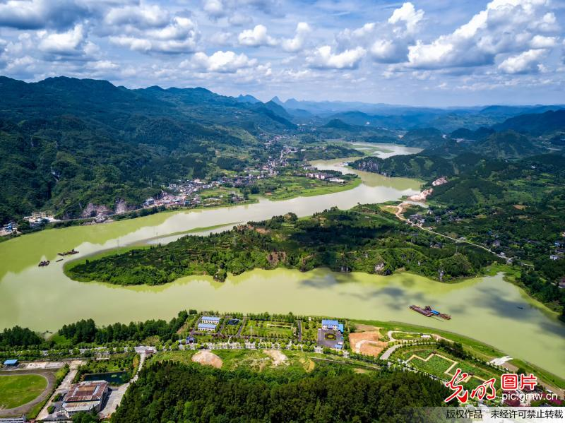 Picturesque scenery in China's Hunan