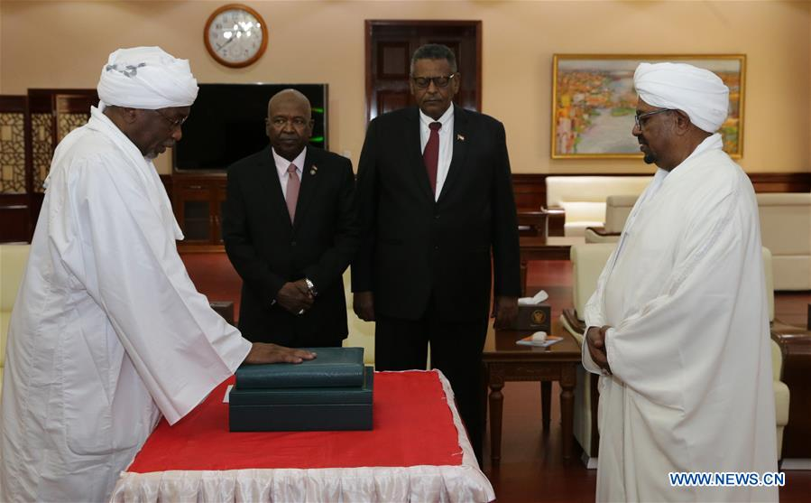 SUDAN-KHARTOUM-GOVERNMENT LEADERS-SWEARING-IN CEREMONY