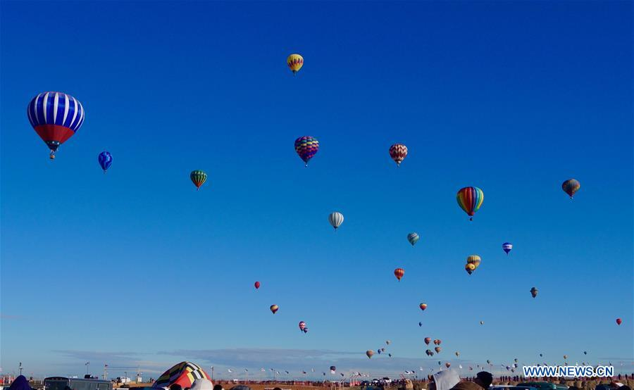 U.S.-NEW MEXICO-BALLOON FIESTA