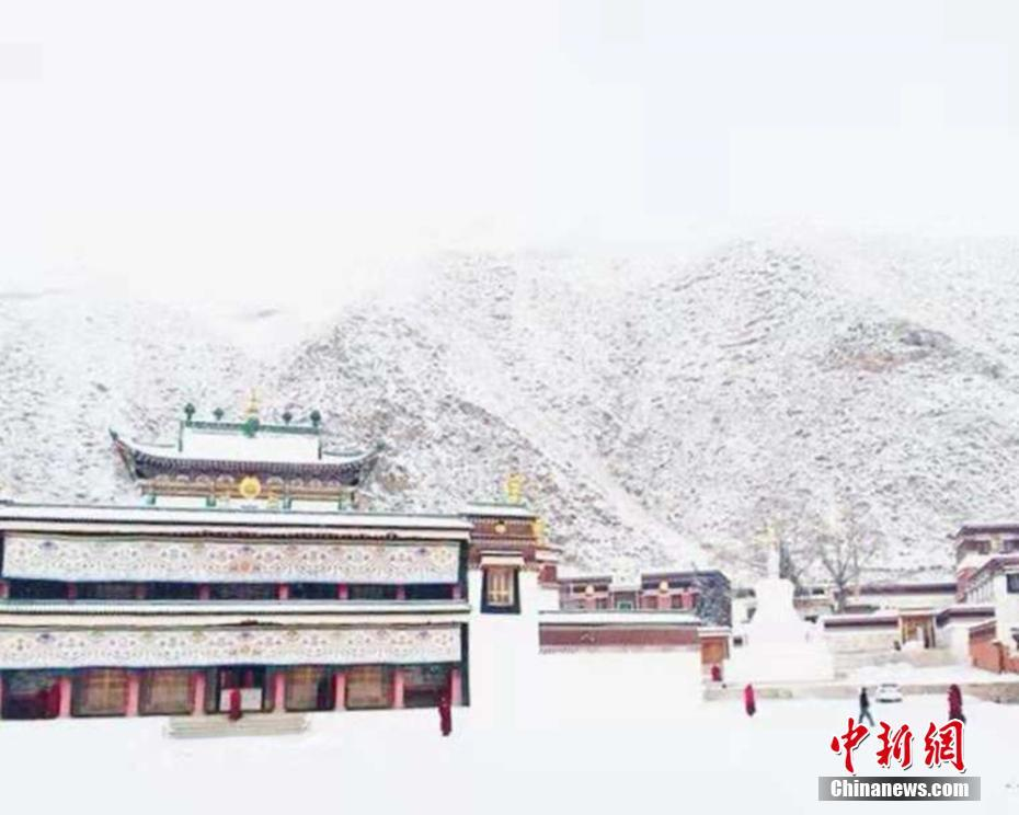 Scenery of Labrang Monastery after snowfall in NW China's Gansu