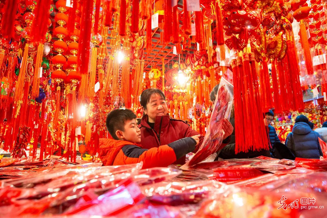 People busy preparing for upcoming Lunar New Year