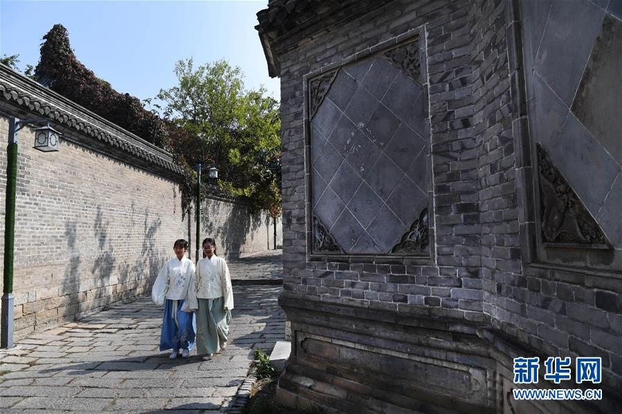 (文化)(5)汉文化旅游节上的汉服嘉年华
