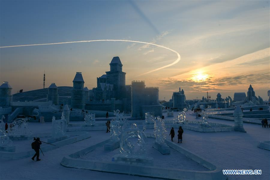 CHINA-HARBIN-ICE SCULPTURE COMPETITION (CN)