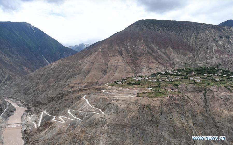CHINA-TIBET-RURAL ROADS-CONSTRUCTION (CN)