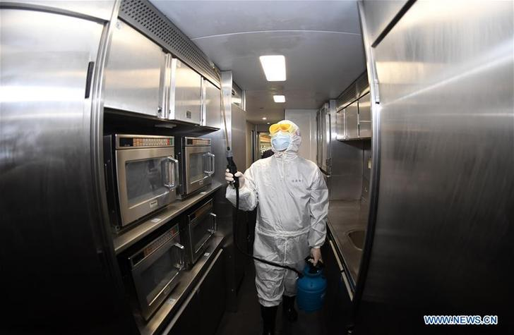 CHINA-GUANGXI-CORONAVIRUS-PREVENTION AND CONTROL-TRAINS-DISINFECTION (CN)
