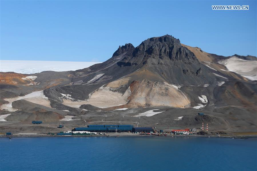 (EyesonSci)CHINA-XUELONG 2-ANTARCTIC EXPEDITION-BRAZILIAN BASE-VISIT (CN)