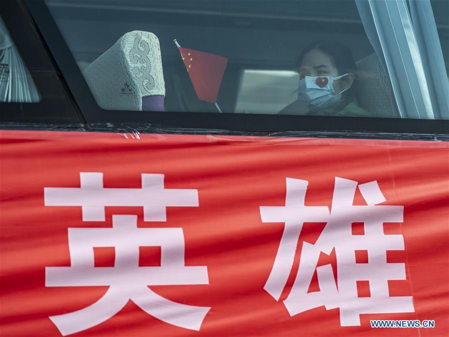CHINA-YUNNAN-MEDICAL STAFF-RETURN HOME-ARRIVAL (CN)