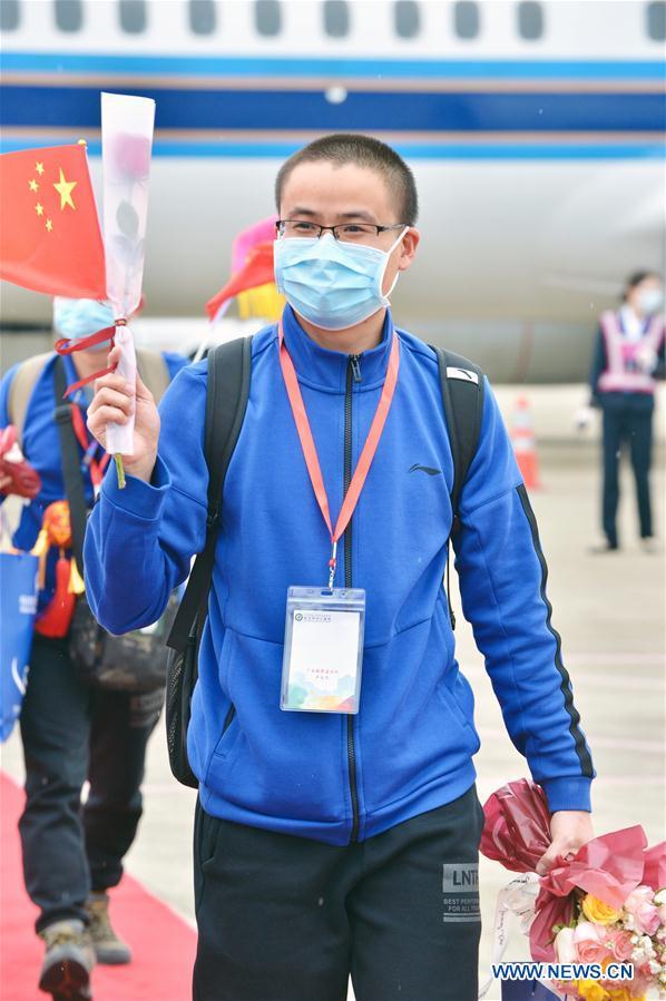 CHINA-GUANGXI-COVID-19-MEDICS-RETURN HOME-ARRIVAL (CN)