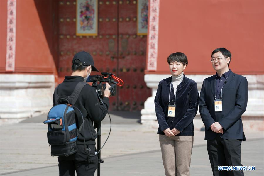 Live broadcast on visiting of Forbidden City held during Qingming Festival