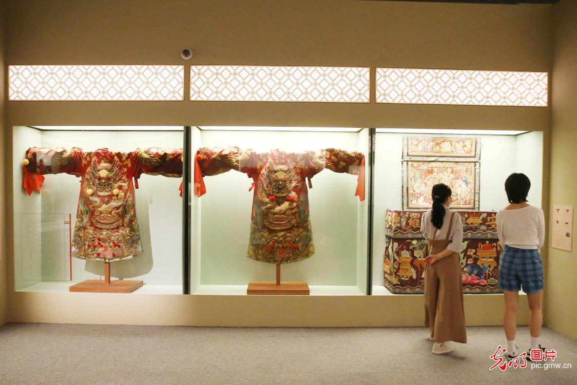 雕绘乾坤——潮州木雕展在中国国家博物馆开展