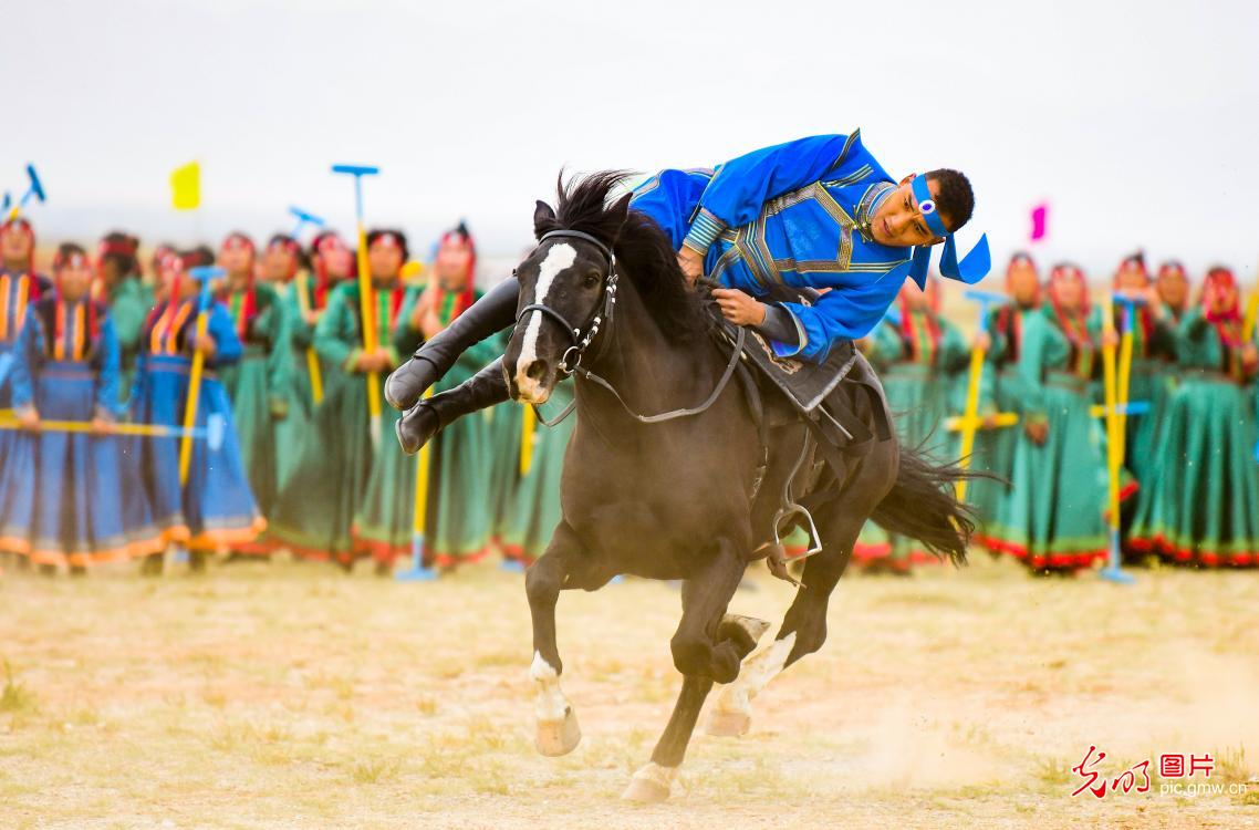 Equestrian event at the 2020 Camel Culture and TourismFestival in N China's Inner Mongolia