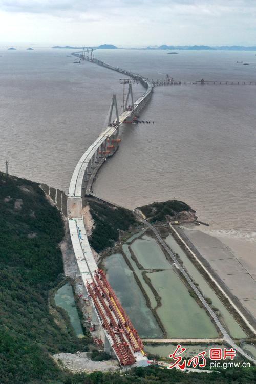 宁波舟山港主通道四标段主体工程全部完成