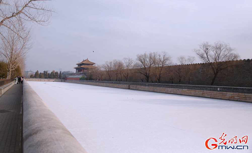 Beijing sees first snow of 2021