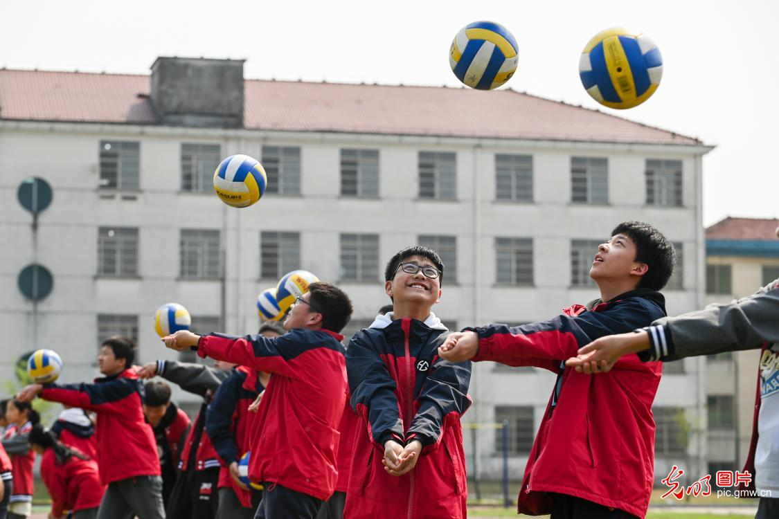School to keep students motivate in sports in SE China's Zhejiang