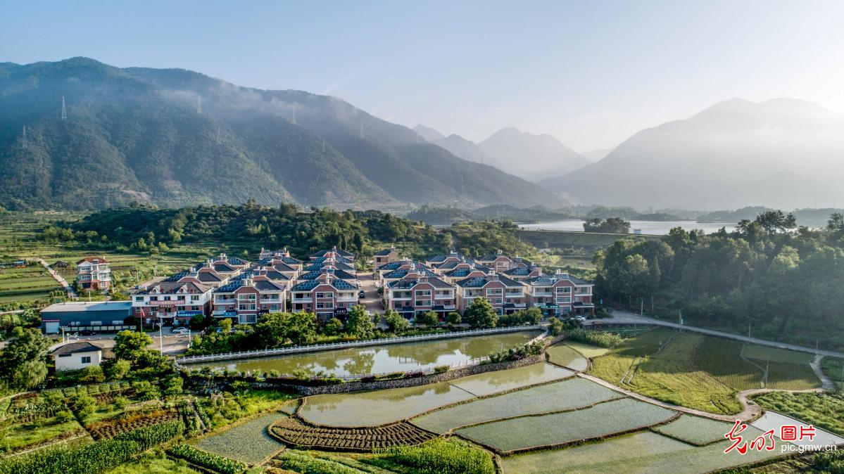 Idyllic landscapes boost rural tourism in SE China's Zhejiang