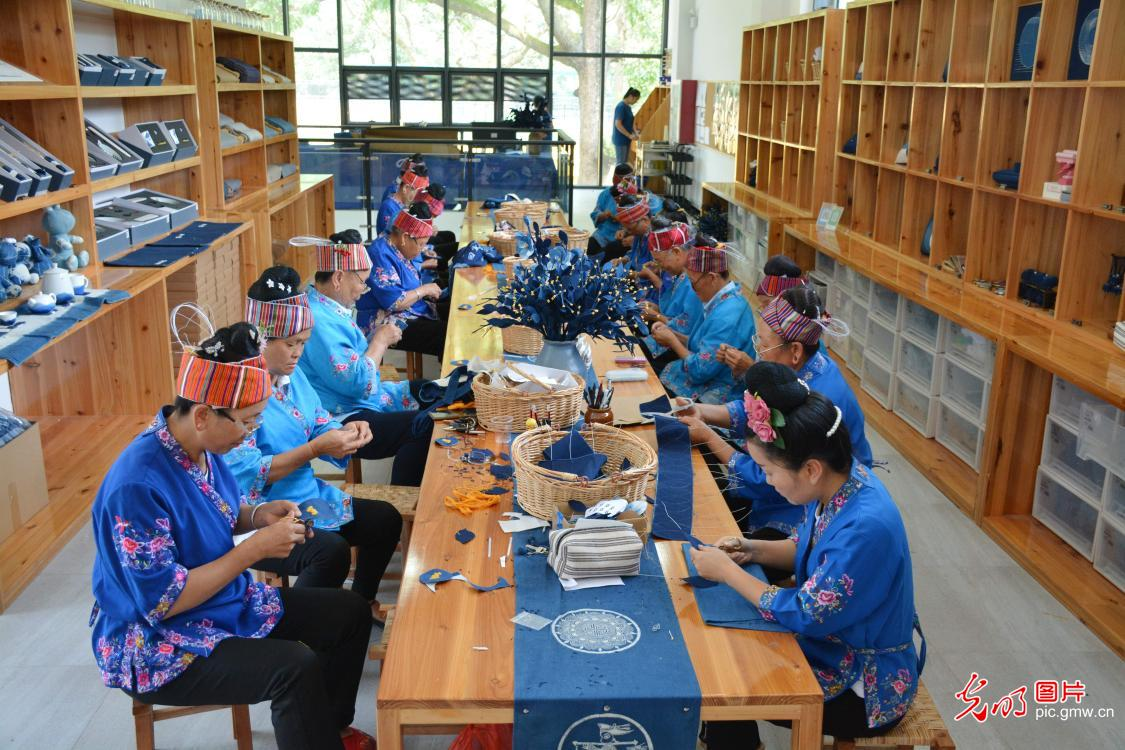 Miao embroidery workshop helps passing down traditional culture in SW China's Guizhou