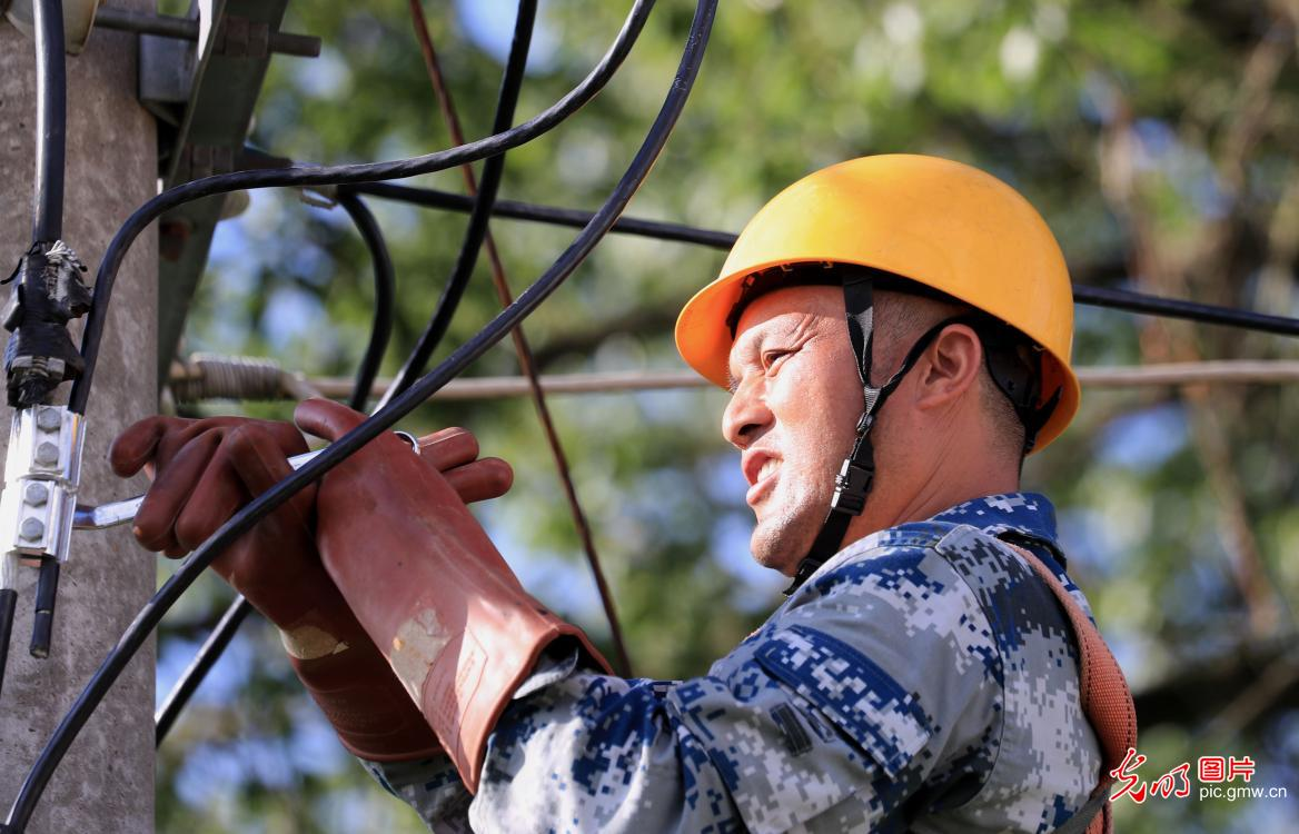Power facilities maintained and serviced in E China's Jiangxi