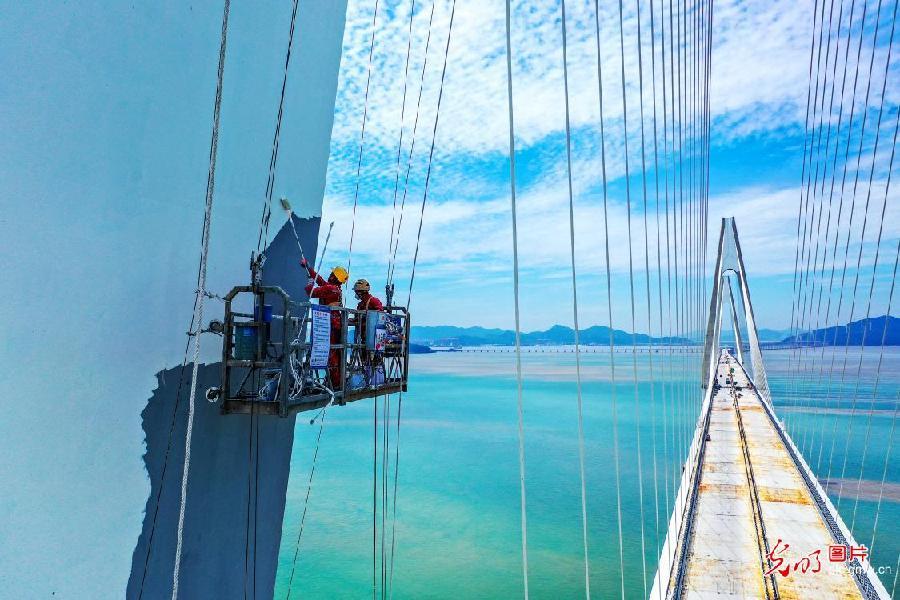 Bridge renovated in SE China's Zhejiang