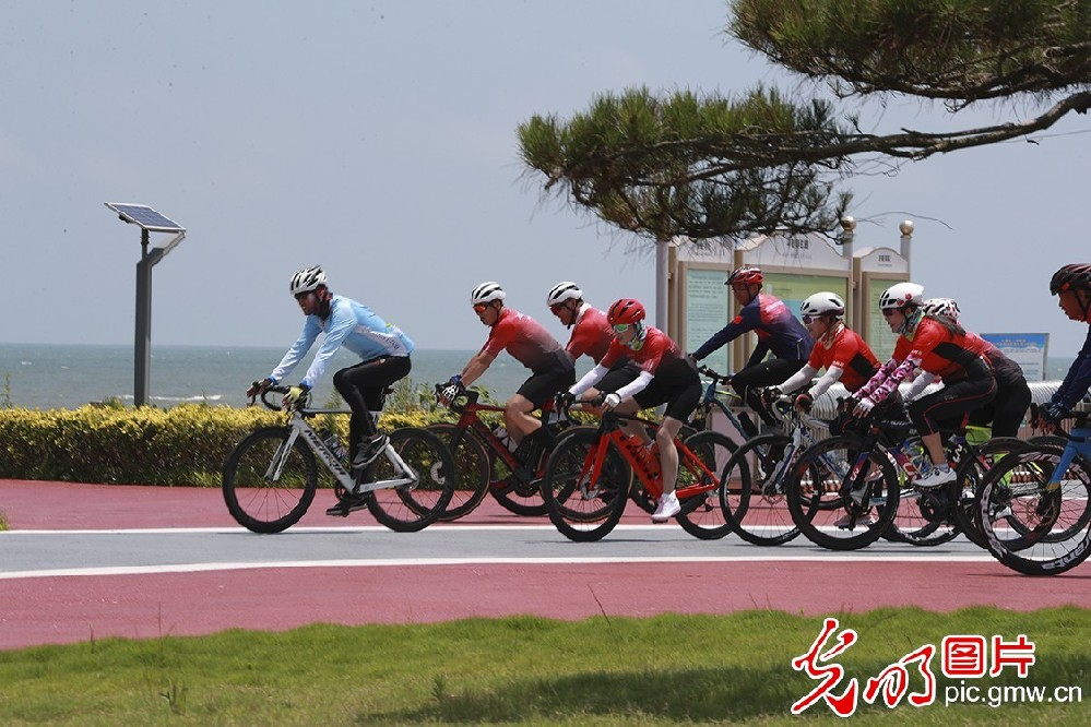 Newly constructed greenway in E China's Shandong to offer great fun on road