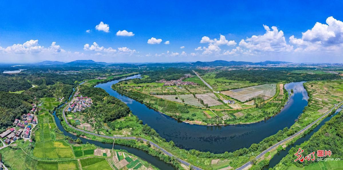 Beautiful rural scenery of E China's Jiangxi Province