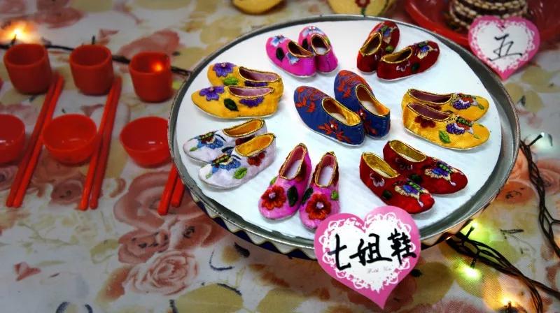 金风玉露七夕情:七夕节的现代过法