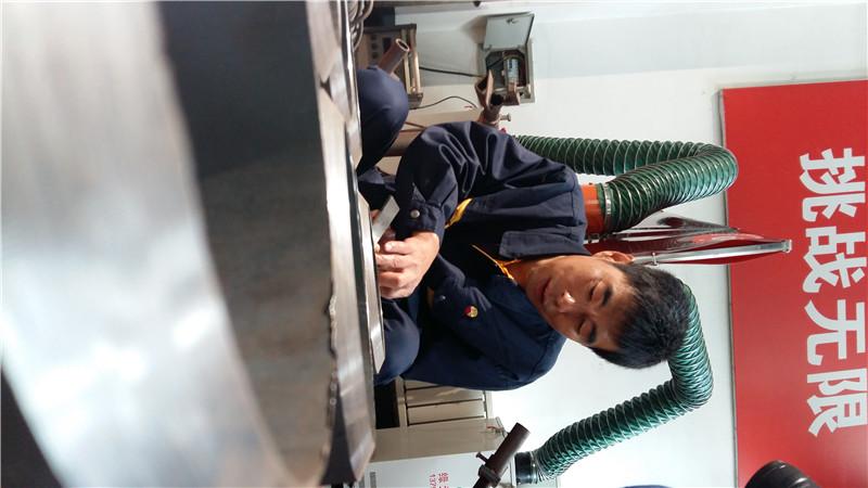 """【大国工匠】刘宇志:焊工中的""""变脸大师"""""""
