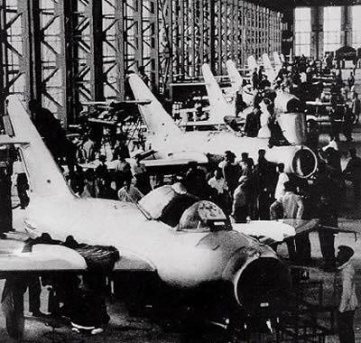 中国第一架喷气式飞机诞生记【图】