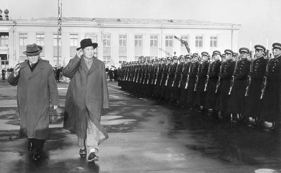 毛泽东诞辰120周年 珍贵旧照回顾伟人一生30