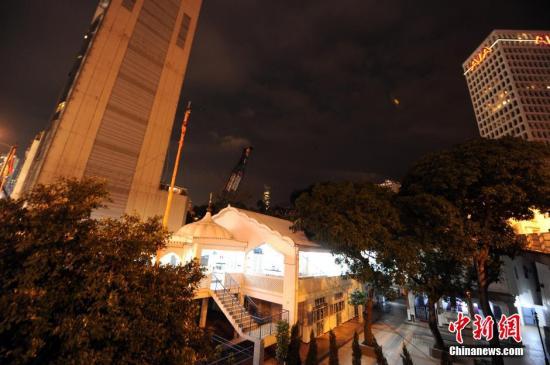 2月6日﹐香港跑马地一个建筑工地﹐发现疑似战时炸弹﹐警方爆炸品处
