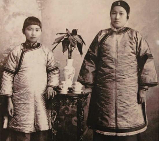 图说宋庆龄的一生 宋氏三姐妹珍贵合影 高清图片