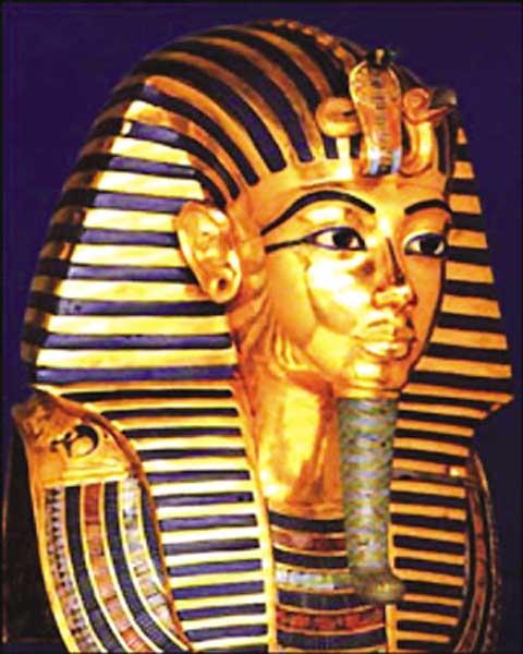 西岸的沙漠中,古埃及新时期(首都设在底比斯以后)的大多数法老都图片