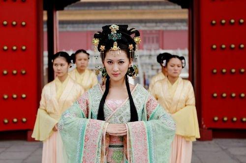 中国历史颠覆王朝的10大 红颜祸水