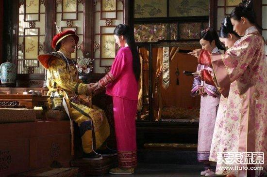 嫔妃侍寝内幕﹕祗是皇帝泄欲的玩偶(7)