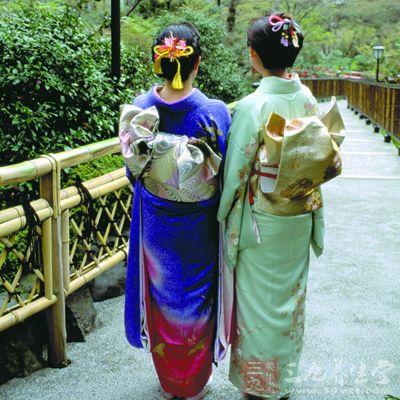 古代日本惩罚女人变态酷刑(6)图片