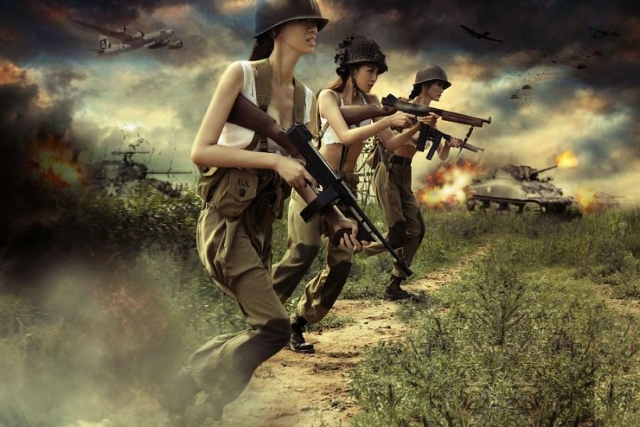 另类二战:性感美女扮美军模拟作战 光明网