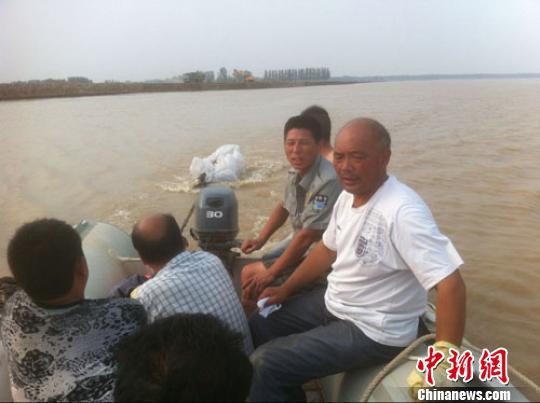 黄河渔民义务搜救队:绝不挟尸要价迫切需要名分
